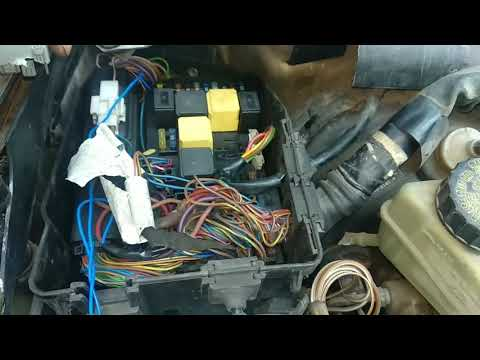 Mercedes Benz starter relay fuse box location starting problem