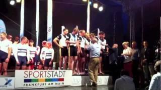 Medaillenzeremonie bei der Siegerehrung der 1.Ruder-Bundesliga Männer in Frankfurt am Main 2011. Von links nach rechts:...