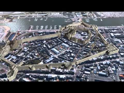 cherbourg - Découvrez le Château de Cherbourg - aujourd'hui disparu - tel qu'il était au XVIIème siècle, grâce à une application, destinée aux smartphones et tablettes n...