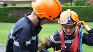 Eybens France  city pictures gallery : Les Jeunes Sapeurs-Pompiers en formation.