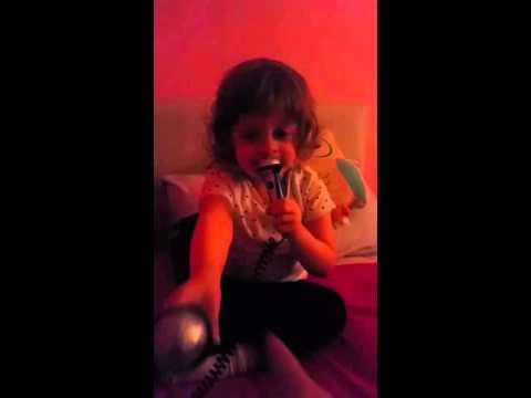 Download Piper singing Buble xxx HD Mp4 3GP Video and MP3