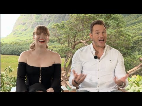 Uncensored JURASSIC WORLD: FALLEN KINGDOM interviews - Pratt, Bryce Dallas Howard, Goldlbum, Bayona