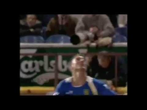 Những tình huống thốn siêu khó đỡ trong thể thao