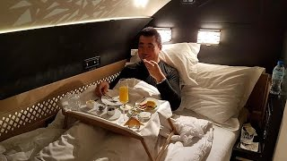 Video Etihad A380 The Residence Complete Flight Review MP3, 3GP, MP4, WEBM, AVI, FLV Juli 2018