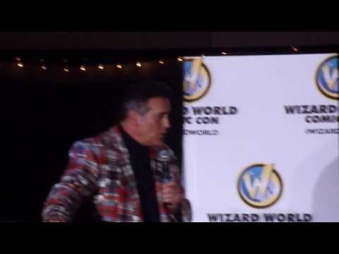 Bruce Campbell Panel @ Wizard World Con Sacramento 2014:Bruce vs Shartimus Prime