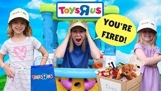 Video Kids Make SILLY Fake Toys R US Workers !!! MP3, 3GP, MP4, WEBM, AVI, FLV Maret 2018