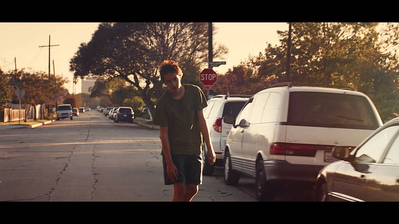 Henry Krinkle – Stay (Official Video)