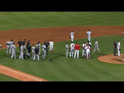 NYY@BOS: Bradley Jr. cuts down Headley, benches clear (видео)