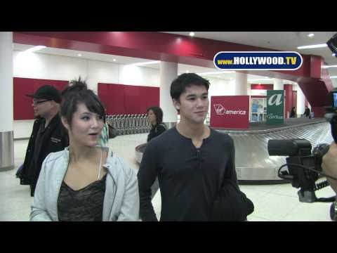 Fivelstewart - BooBoo Stewart and Fivel return from Florida.
