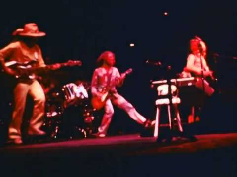 Jethro Tull - 'The Third Hoorah' from WarChild, 40th Anniversary Theatre Edition