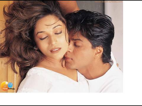 Video Madhuri Dixit spells her magic on Shahrukh Khan download in MP3, 3GP, MP4, WEBM, AVI, FLV January 2017