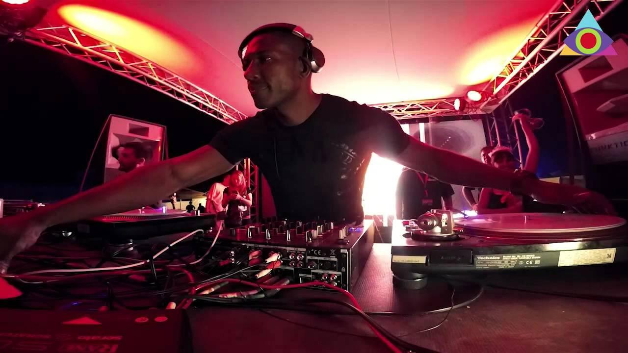 DJ Murphy vs A.Professor - Live @ 4every1 Festival 2015