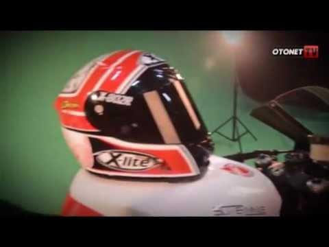 Doni Tata Moto2 Helmet for 2013 Season