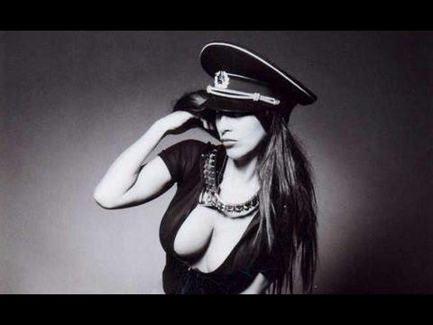 Video Calendario di Nadia Mori sexy presentatrice di Andrea Diprè download in MP3, 3GP, MP4, WEBM, AVI, FLV January 2017