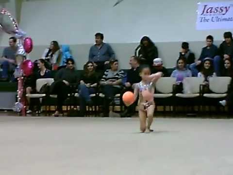8 year old Jeslyn Chen Rhythmic Gymnastics Ball Gold Medalist 2012 (видео)
