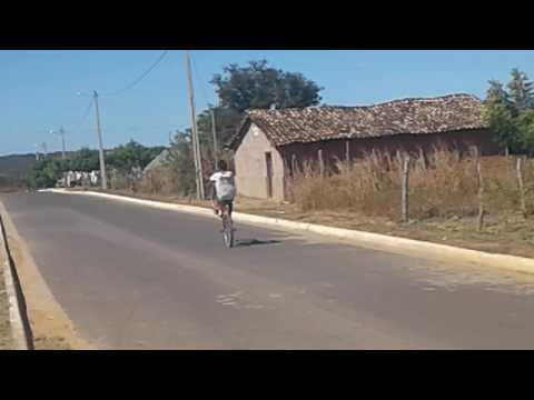 Enpinando em Sambaiba de bicicleta
