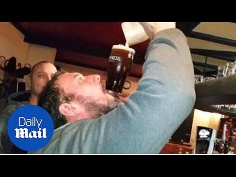 Kuinka juodaan tuoppi Guinnessia koskematta siihen käsillä