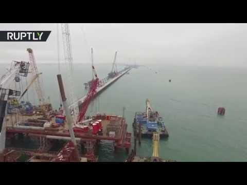Строительство моста через Керченский пролив с высоты птичьего полёта