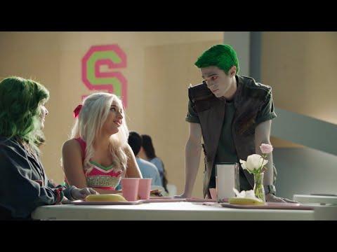 ZOMBIES 2: The Collab видео