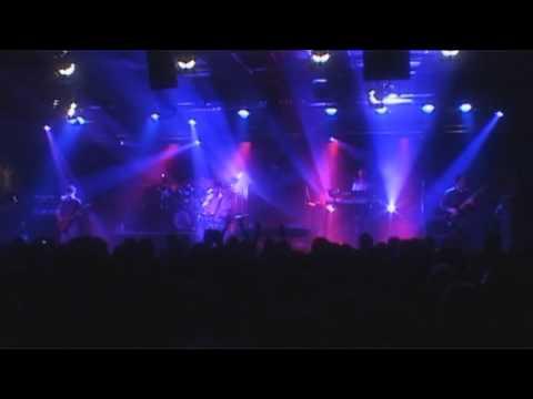 Tekst piosenki Marillion - Rich po polsku