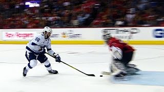 Kucherov fakes out Holtby with tricky phantom deke move by Sportsnet Canada