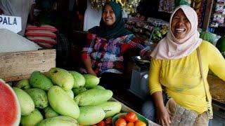 Pontianak Indonesia  city photos gallery : market walk in Pontianak (Indonesia)