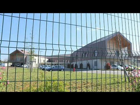 Γαλλία: Ο COVID-19 σαρώνει τα γηροκομεία