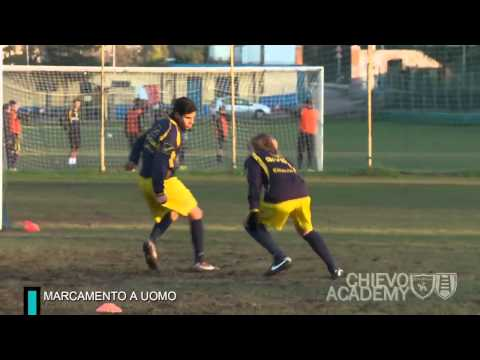 Allenamento di calcio, esempi di esercizio: la marcatura a uomo