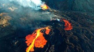Vidéo du volcan de La Réunion capturée en drone