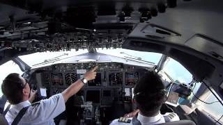 Jayapura Indonesia  city photos : Cockpit Landing 737-800 Sentani Airport Jayapura