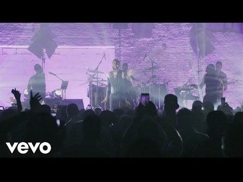 Little Bit More – Live (Vevo LIFT)