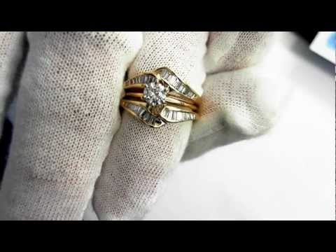 Wedding Set - .30 carat Round Diamond in 14k
