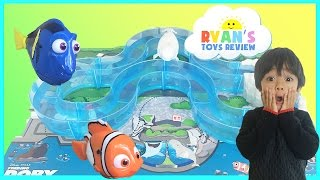 Nonton Disney Pixar Finding Dory Water Toys Marine Life Institute Playset Swimming Nemo, Dory, and Bailey Film Subtitle Indonesia Streaming Movie Download