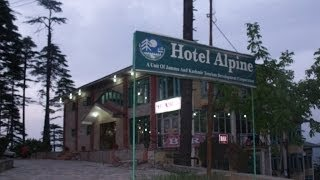 Patnitop India  city photos gallery : Luxury JKTDC Hotel Alpine at Patnitop, Jammu, India - Patnitop Hotels