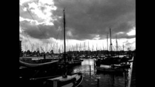 Nieuw West-Fries volkslied, gecomponeerd door Dick Boon, uitgevoerd door Dick en Ton Boon, met medewerking van Het...