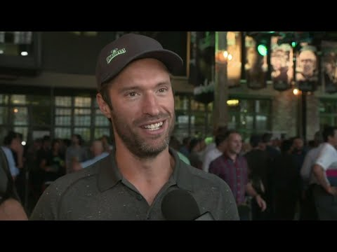 Video: Moore's Smashfest brings out who's who of NHLers to battle cancer & concussions