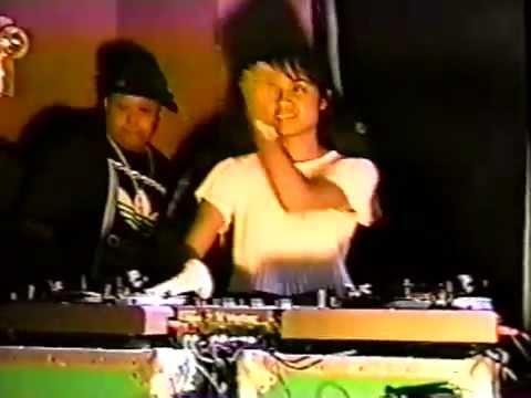 DJ Melo-D vs. DJ Symphony at 1995 Vestax USA Finals