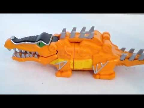 Review: Power Rangers Dino Super Charge Deluxe Deinosuchus Zord
