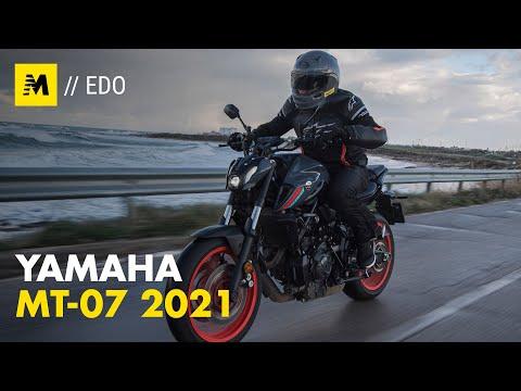 Yamaha MT-07 2021 TEST. Media brillante
