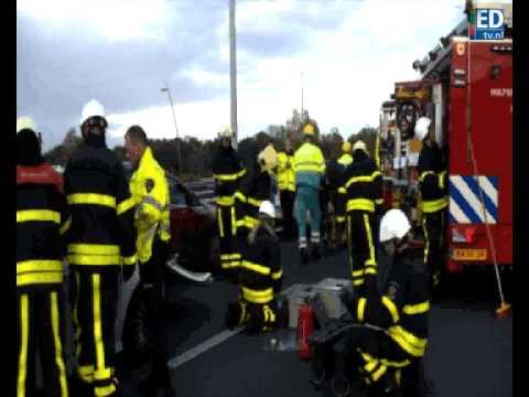 Kettingbotsing op A2 bij Waalre: twee gewonden