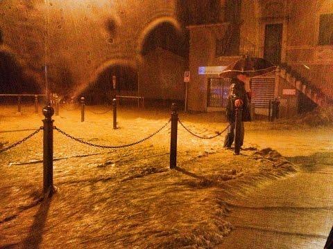 maltempo liguria: alluvione a chiavari, città totalmente allagata