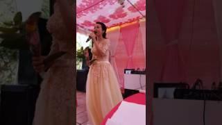 Cô dâu hát cover Duyên Phận cực hay