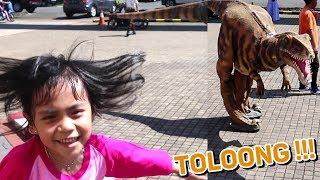 Video Dinosaurusnya Lepas !! Yaya Lari Hampir Nangis Dikejar Dino MP3, 3GP, MP4, WEBM, AVI, FLV April 2019