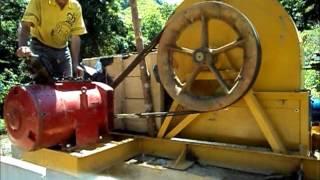 Ruedas Pelton para generación de energía de 2 a 500 Kw Pelton Water Wheels from 2 to 500 Kw Vsitanos www.gracomaq.net...