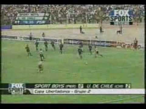 [Video] El gran golazo de David Pizarro en Perú en la Copa Libertadores del 2001 defendiendo a la U