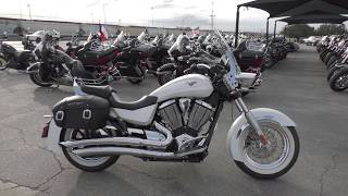3. 015706   2013 Victory Boardwalk - Used motorcycles for sale