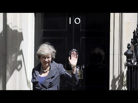 Βρετανία: «Αλλαγή φρουράς» στη Ντάουνινγκ Στριτ