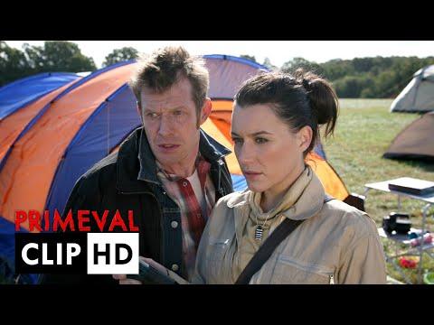 Primeval : Saison 3 - Episode 9 | Eve ouvre une Anomalie au campement | VF