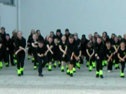dizzy footwork dance academy