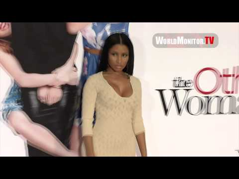 big booty woman - http://worldmonitor.tv Please click on the link above to visit our website and remember to subscribe to this channel! Nicki Minaj shakes her big booty arrivi...